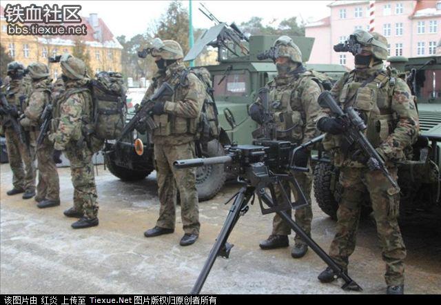 サバイバルゲームでポーランドの特殊部隊GROMの …
